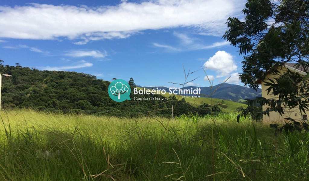 Terreno de Condomínio em Santo Antônio do Pinhal, bairro Condomínio Parque da Mantiqueira