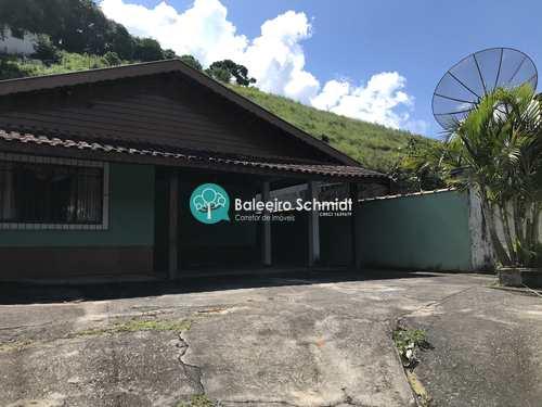 Casa, código 493 em Santo Antônio do Pinhal, bairro Centro