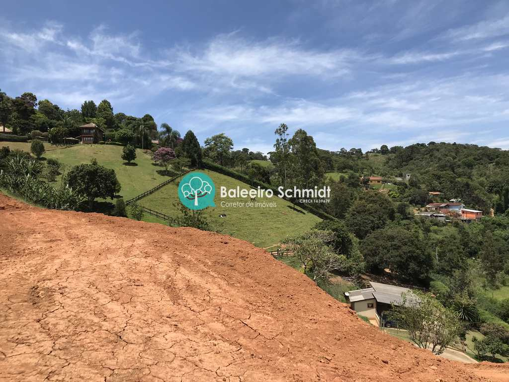 Terreno em Santo Antônio do Pinhal, no bairro Aprox 2 Km do Centro
