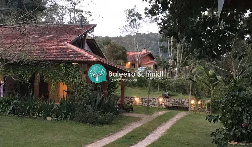 Chácara em Santo Antônio do Pinhal, bairro Zona Rural