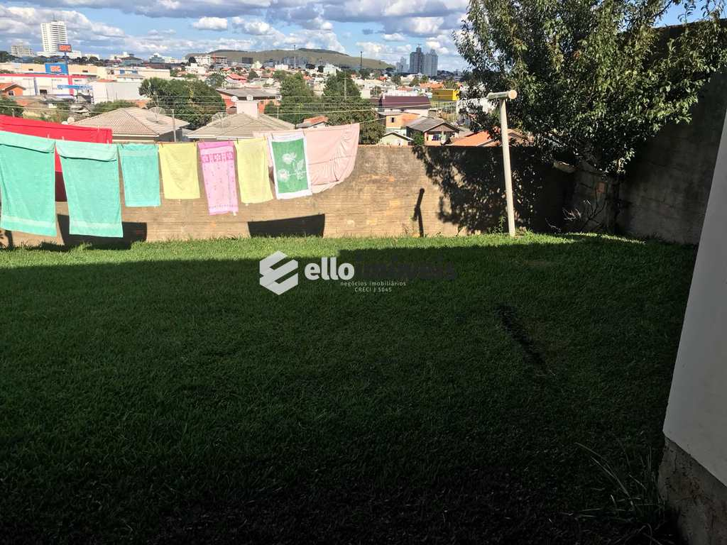 Casa em Lages, no bairro Frei Rogério