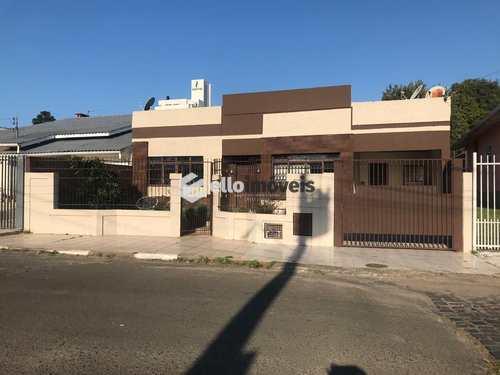Casa, código 34 em Lages, bairro Universitário