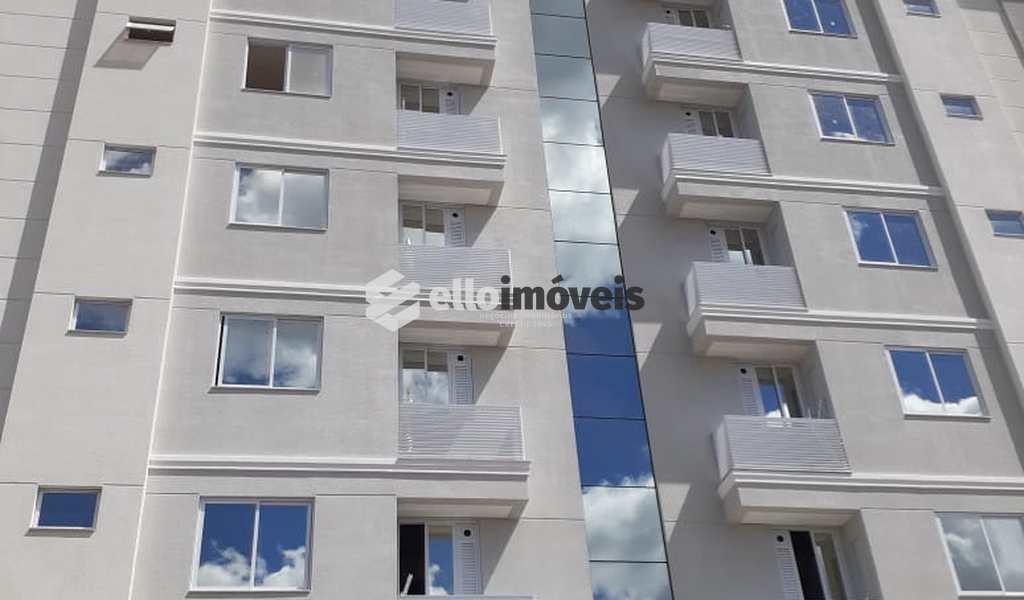 Apartamento em Lages, bairro Centro