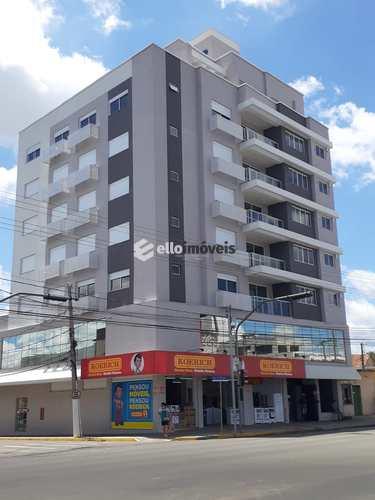 Apartamento, código 124 em Lages, bairro Coral