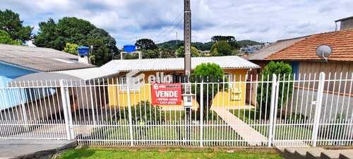 Casa, código 159 em Lages, bairro Centenário