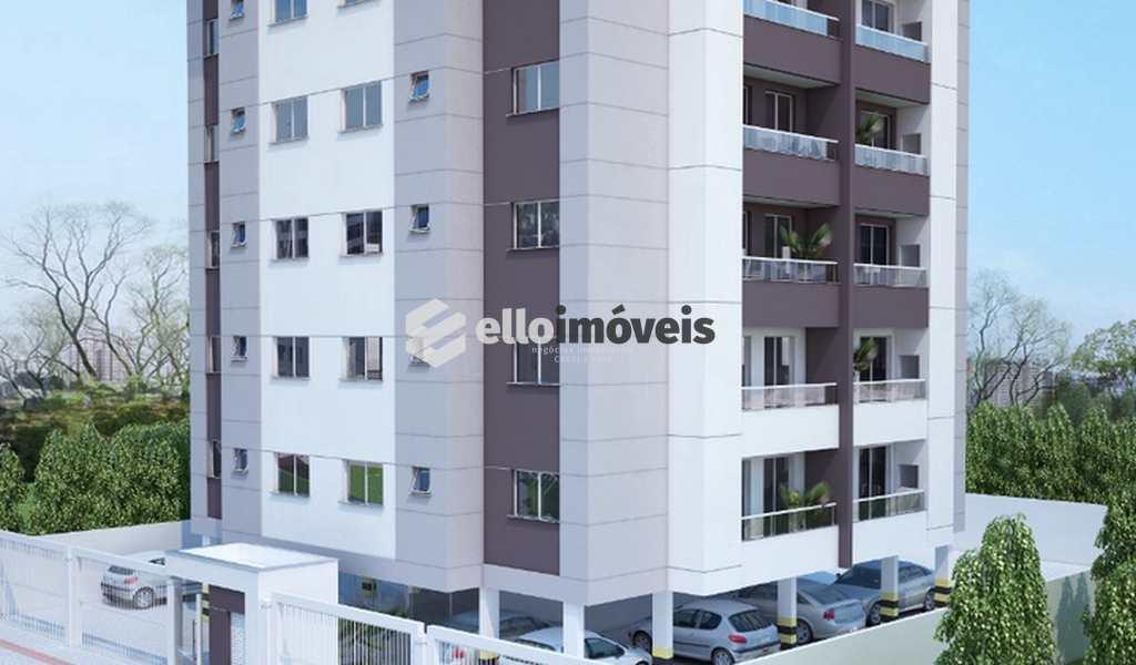 Apartamento em Lages, bairro Guarujá