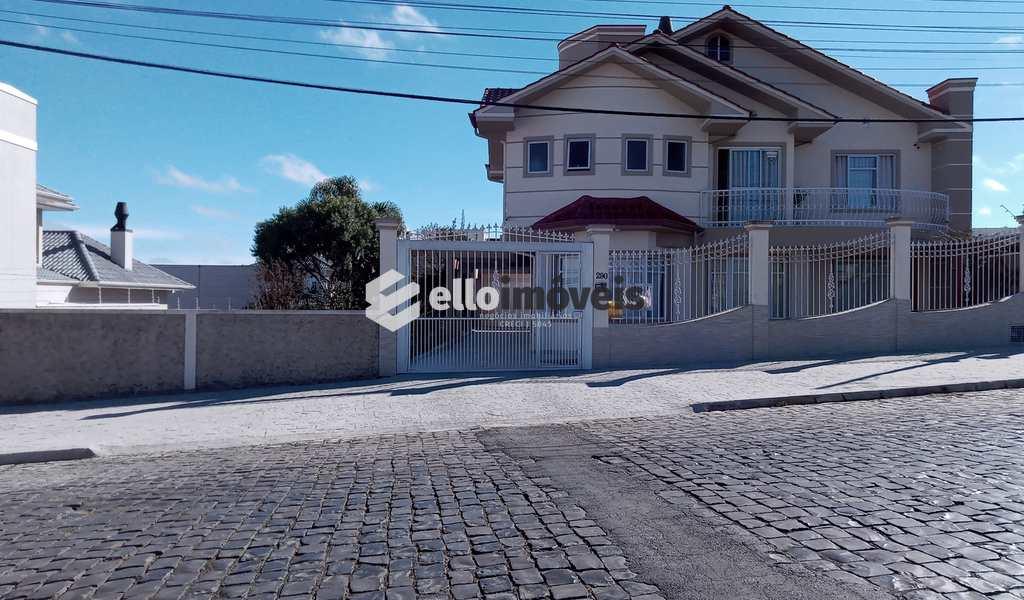 Casa Comercial em Lages, bairro Coral