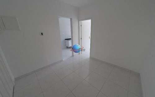 Apartamento, código 239 em Praia Grande, bairro Canto do Forte
