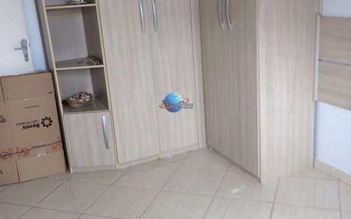 Apartamento, código 251 em Praia Grande, bairro Caiçara