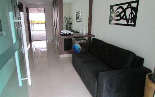 Apartamento, código 685 em Praia Grande, bairro Canto do Forte