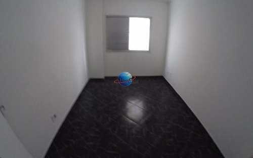 Apartamento, código 2024 em Praia Grande, bairro Aviação
