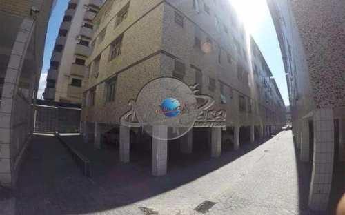 Kitnet, código 2153 em Praia Grande, bairro Canto do Forte