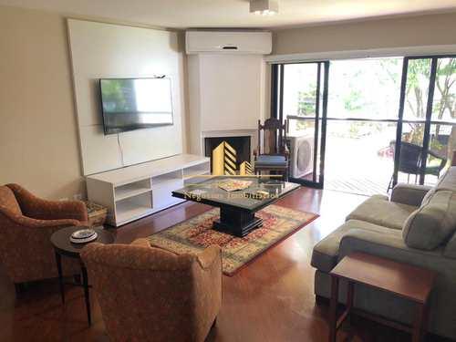 Apartamento, código 682 em São Paulo, bairro Moema