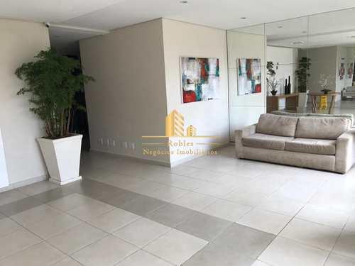 Apartamento, código 917 em São Paulo, bairro Morumbi