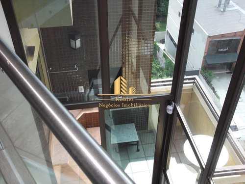 Apartamento, código 1028 em São Paulo, bairro Panamby