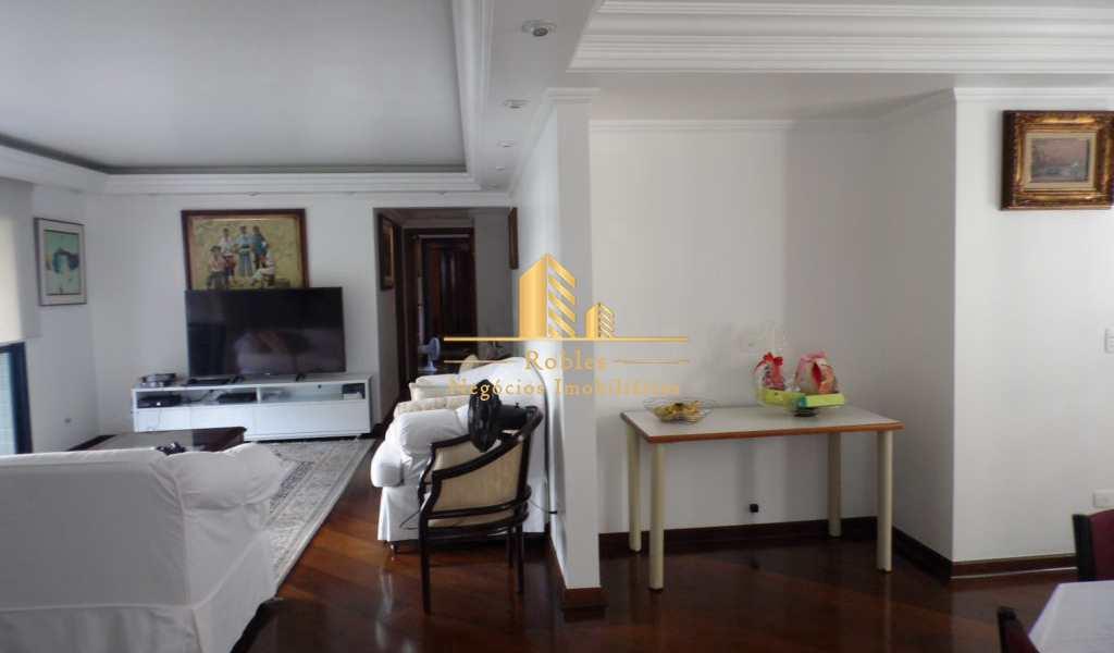 Apartamento em São Paulo, bairro Moema Pássaros
