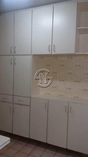 Apartamento, código 384 em Praia Grande, bairro Caiçara