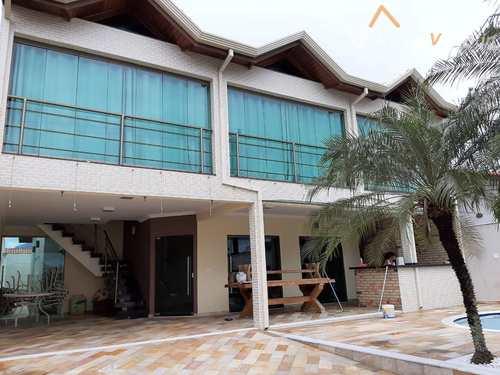 Casa, código 376 em Peruíbe, bairro Centro