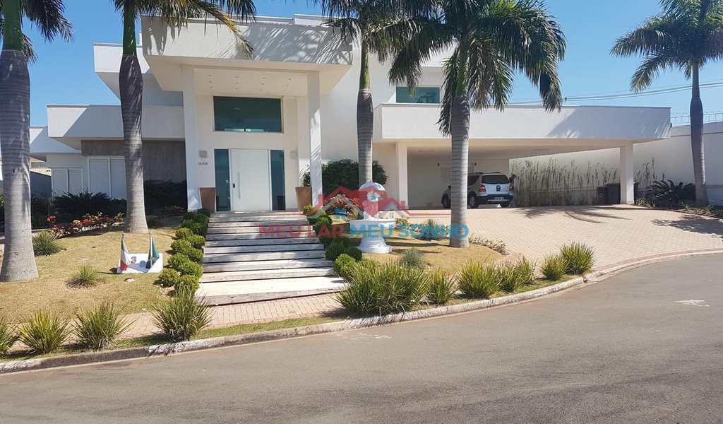 Casa de Condomínio em Valinhos, bairro Joapiranga