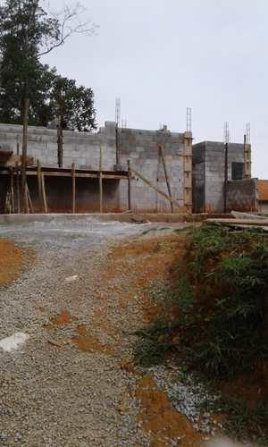 Casa de Condomínio, código 28 em Embu-Guaçu, bairro Centro