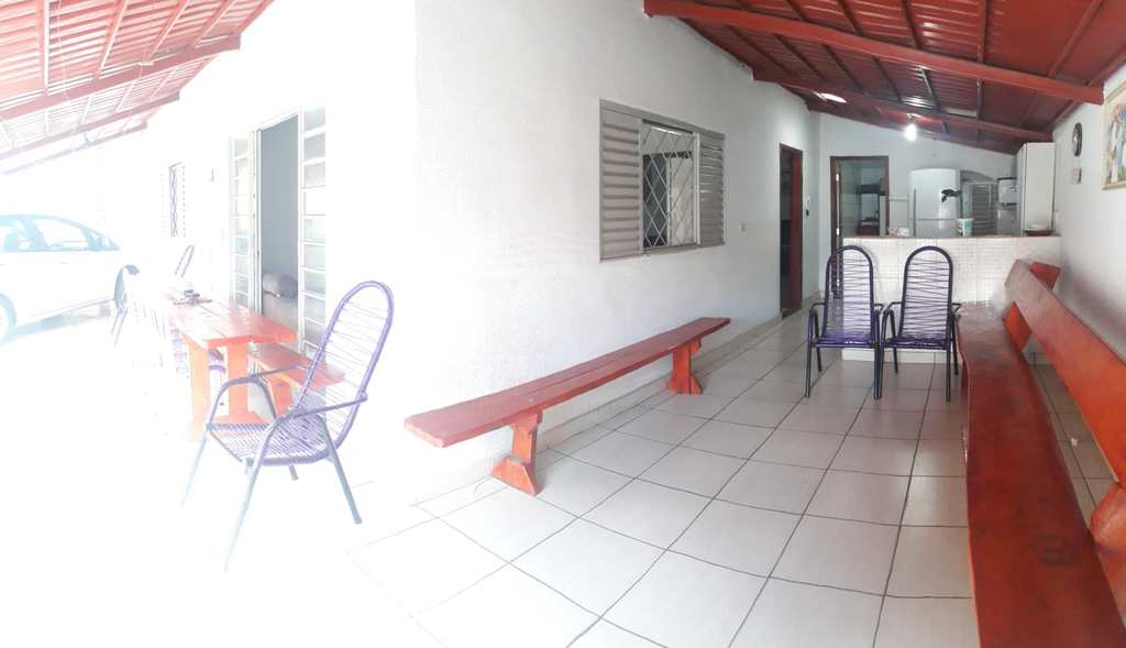 Casa em Goiânia, no bairro Setor Garavelo