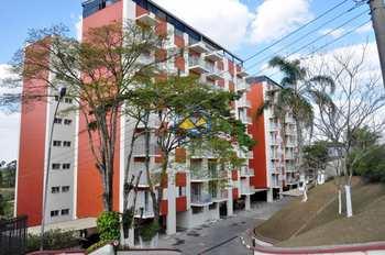 Apartamento, código 3554 em Itapecerica da Serra, bairro Centro