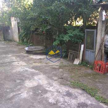 Casa em Itapecerica da Serra, bairro Itaquaciara
