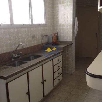 Apartamento em Itapecerica da Serra, bairro Centro