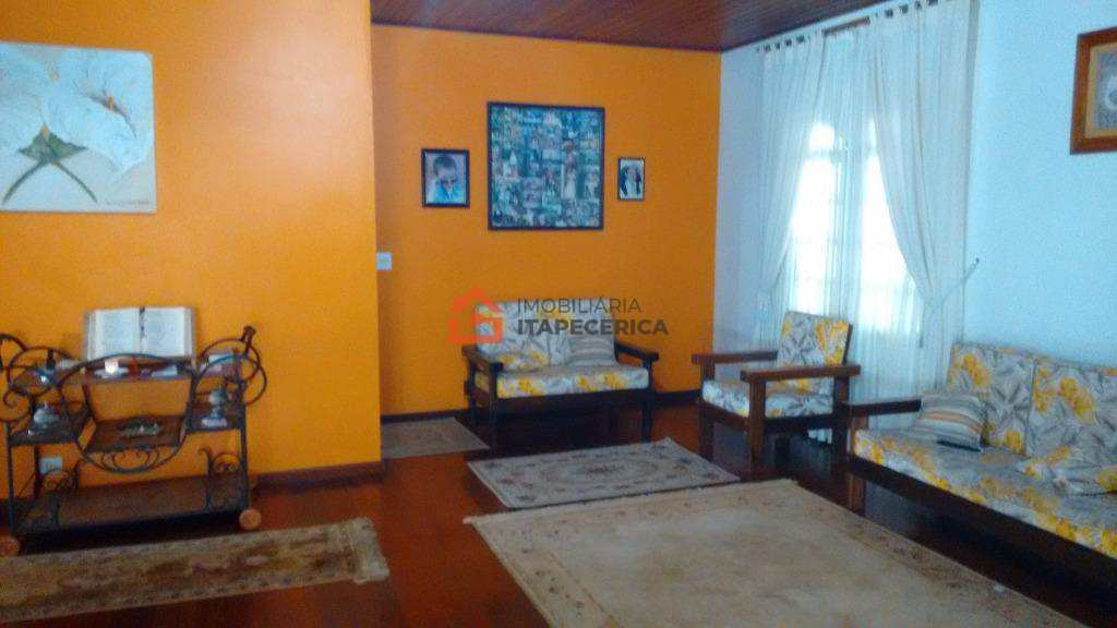 Chácara em Itapecerica da Serra, no bairro Parque Yara Cecy