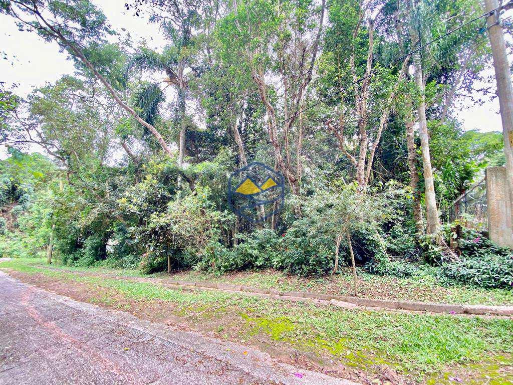 Terreno de Condomínio em Itapecerica da Serra, no bairro Jardim Petrópolis