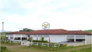 Fazenda, código 1052 em Cachoeira Paulista, bairro Cachoeira Paulista