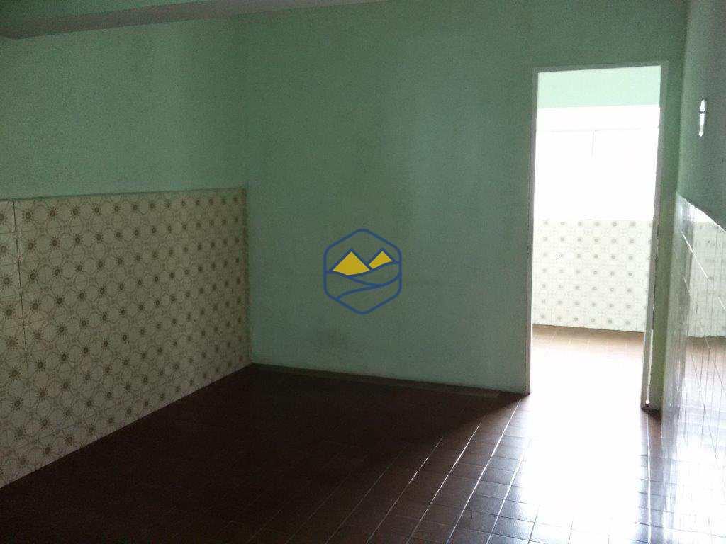Casa Comercial em Itapecerica da Serra, no bairro Centro