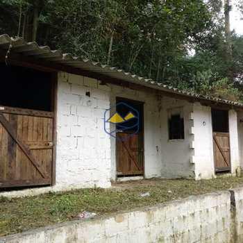 Chácara em Itapecerica da Serra, bairro Mombaça