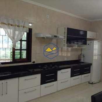 Casa em Itapecerica da Serra, bairro Palmeiras