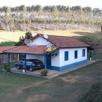 Fazenda em Lagoinha, bairro Centro