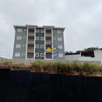 Apartamento em Itapecerica da Serra, bairro Olaria