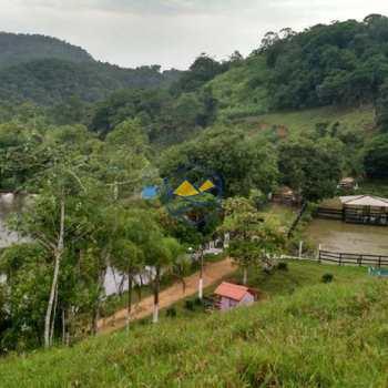 Sítio em Juquiá, bairro Ribeirão Fundo