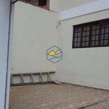 Casa em Taboão da Serra, bairro Jardim São Miguel