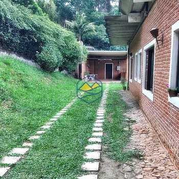 Chácara em Embu das Artes, bairro Embu das Artes