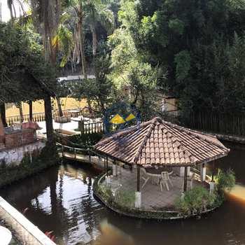 Chácara em Embu das Artes, bairro Chácaras Bartira