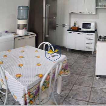 Casa em Embu das Artes, bairro Jardim Pinheirinho