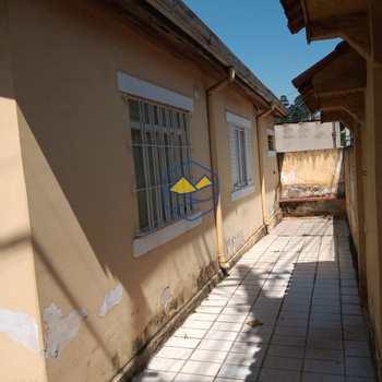 Casa Comercial em Embu das Artes, bairro Cercado Grande
