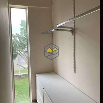 Casa de Condomínio em Itapecerica da Serra, bairro Chácara da Lagoa