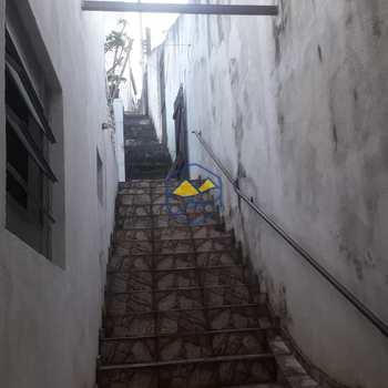 Casa em Embu das Artes, bairro Jardim Santa Clara