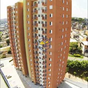 Apartamento em Embu das Artes, bairro Jardim Vista Alegre