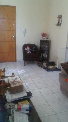 Apartamento, código 10203 em São Vicente, bairro Parque Bitaru