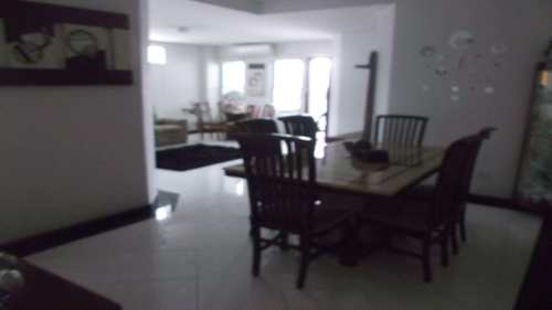 Casa, código 10055 em Santos, bairro Boqueirão