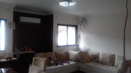 Apartamento, código 10037 em Santos, bairro Campo Grande
