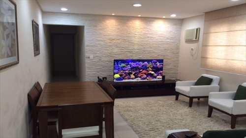 Apartamento, código 10035 em Santos, bairro Estuário