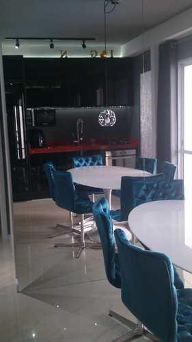 Apartamento, código 9957 em Santos, bairro Marapé